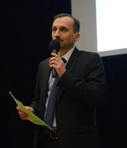 doc. dr Mudryj podczas wykładu w Wadowicach